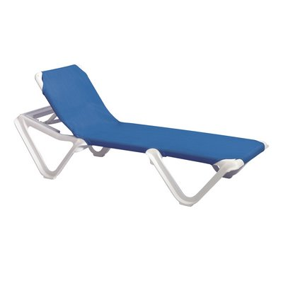 Grosfillex us910106 nautical adjustable sling chaise for Blue sling chaise lounge