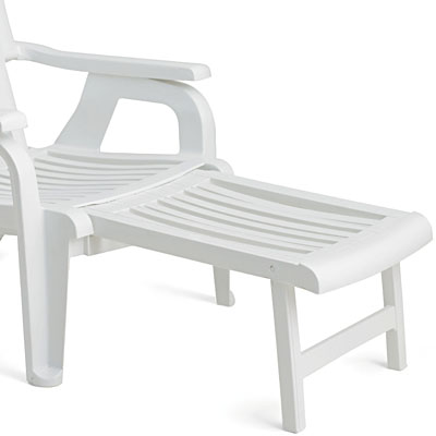 Grosfillex Bahia Deck Armchair With Footrest Extended