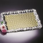 "20-5/8"" x 14"" Rectangular Gold Border Tray - Carlisle - 608909"